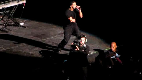 drake-at-jamn-boston