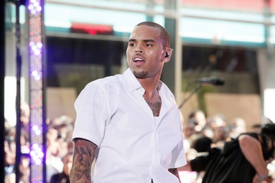 chris brown performance 2 150711