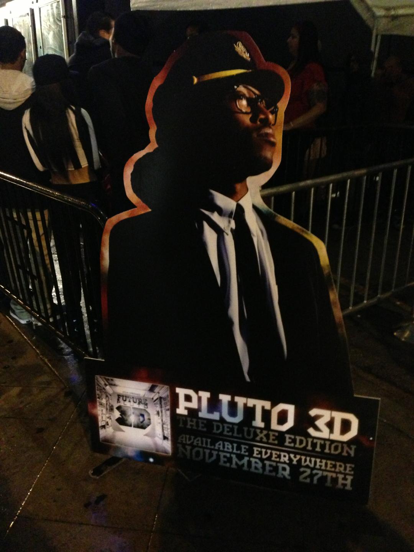 pluto 3d in la
