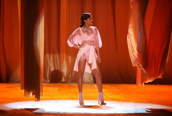 rihanna victoria secret runway